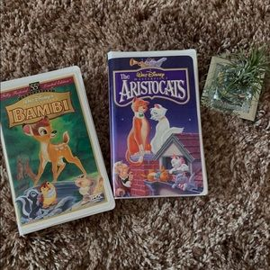 🎬 Bambi and Aristocats VHS!